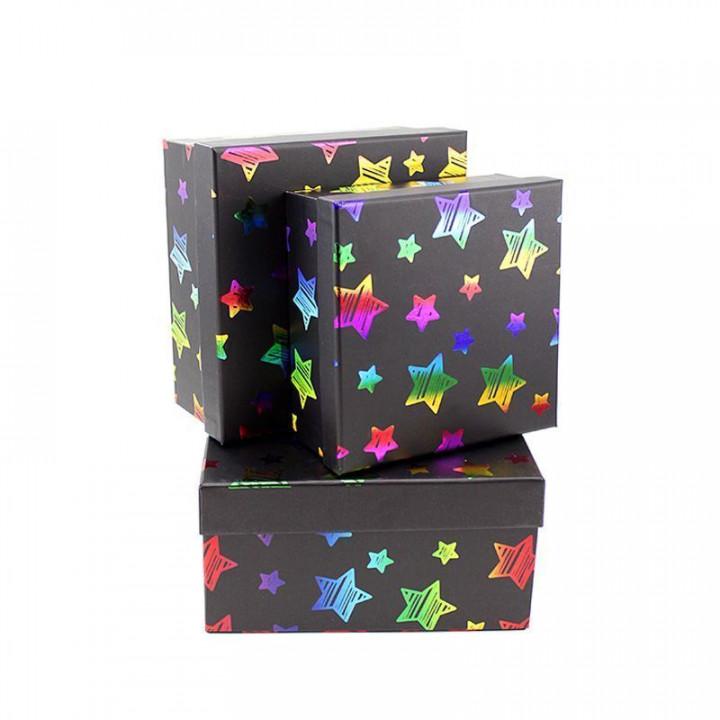 Коробка Звезды на чёрном квадрат 19*19*9,5 см